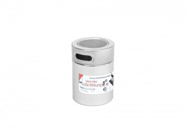 pudełko herbaty z naklejonymi etykietami